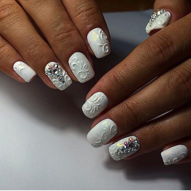 Wedding Gel Nails Photo