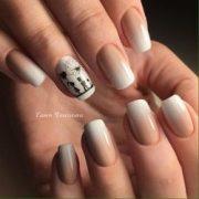 beige nails - big of design