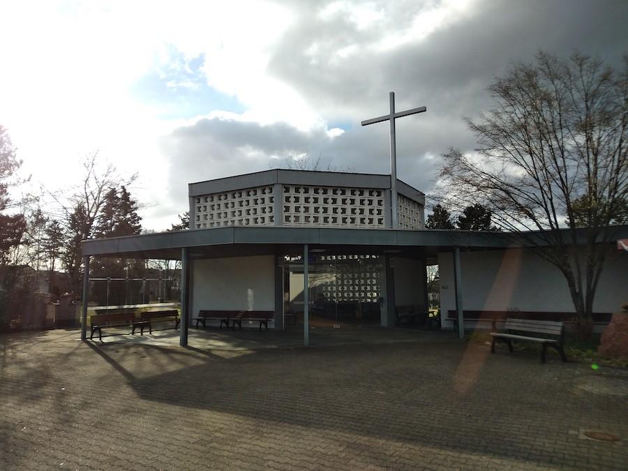 Friedhof Karlsdorf Aussegnungshalle