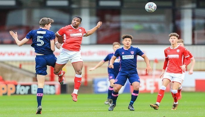 Barnsley and Portsmouth Second Favourites to Win League 1 1