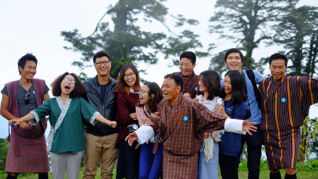 Các hướng dẫn viên và tài xế là những người giúp bạn trải nghiệm Bhutan tuyệt vời, vậy nên khuyến khích du khách hãy tip cho họ nhé.