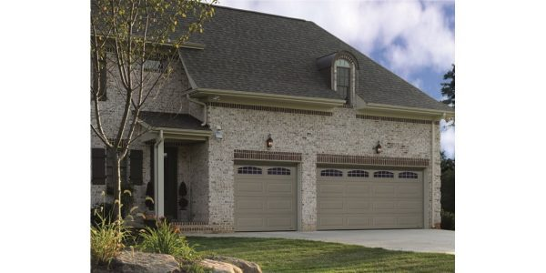 "ASSA ABLOY Hanover HR3000 - 2"" insulated heavy-duty garage door with steel interior panel"