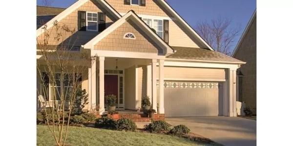 "ASSA ABLOY Liberty LI1000, LI2000, LI3000 2"" value garage door with traditional styling"