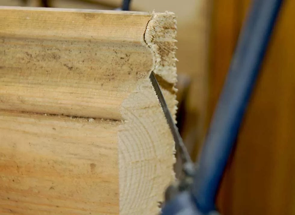 How-To-Fit-Skirting-Boards-Cut-Away-Waste