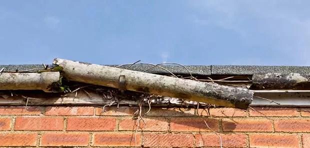 Repairing-Gutters-Broken-Guttering