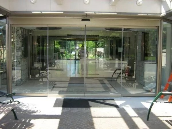 record 5200 Series All Glass Sliding Door