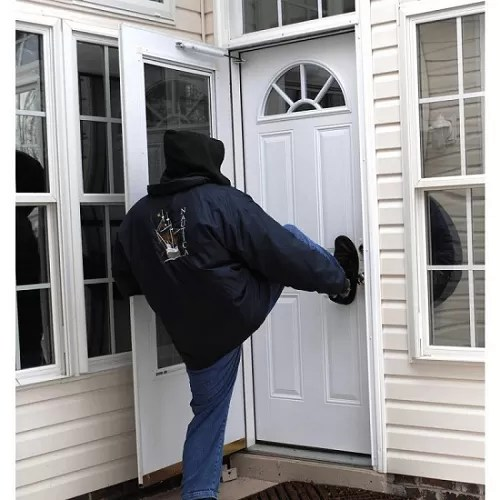 10 Ways to Protect Front Doors from Break-ins in Your Rental House