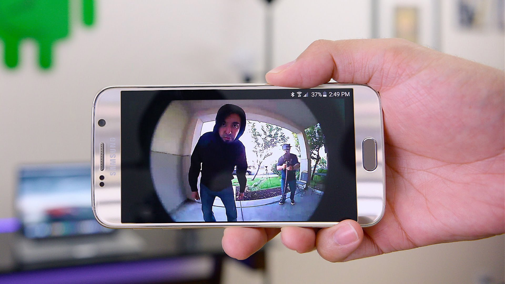 How to Set Up Your Surveillance Camera with Your Smartphone