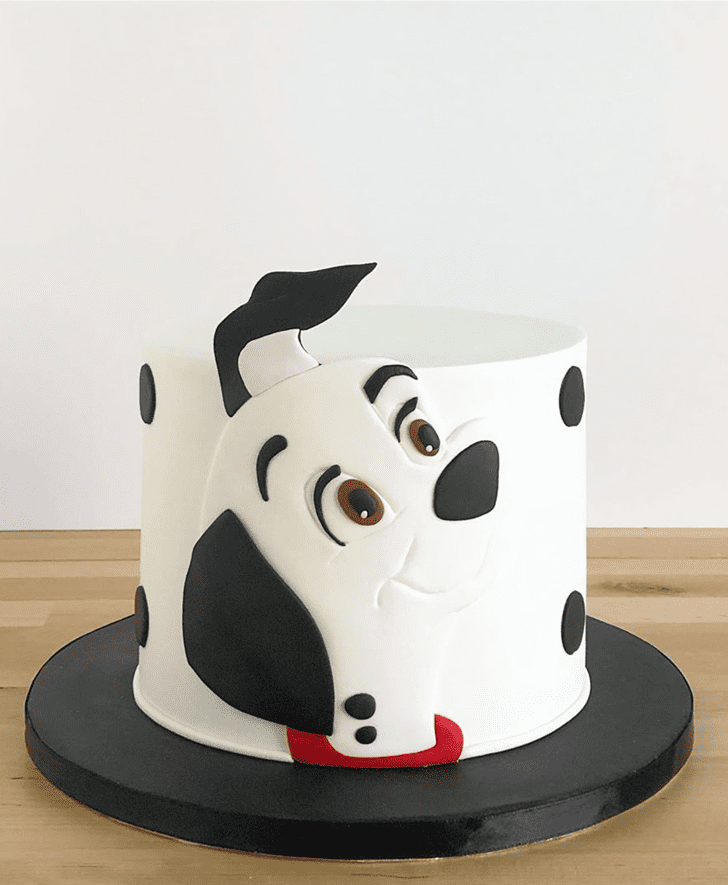 Pretty 101 Dalmatians Cake