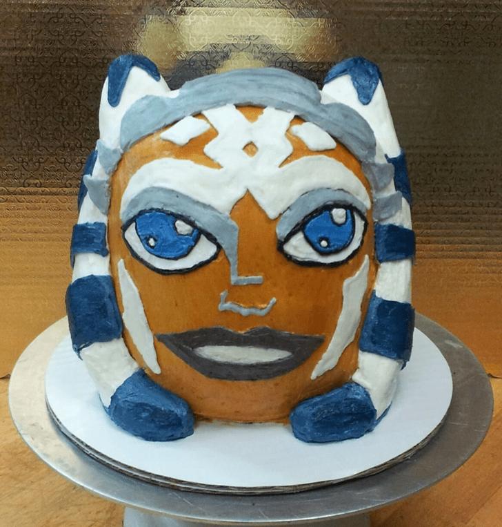 Admirable Ahsoka Tano Cake Design