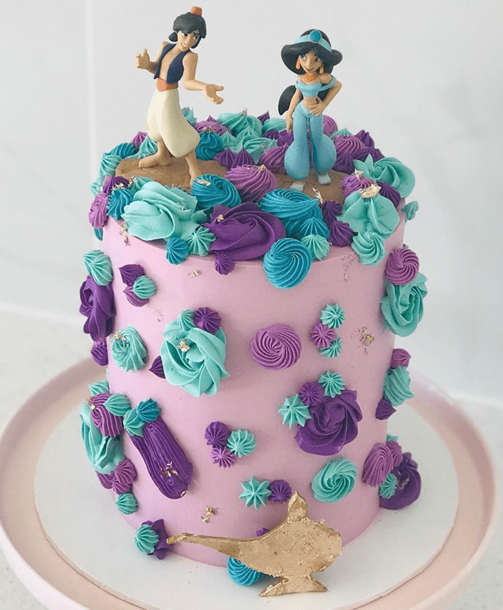Lovely Aladdin Cake Design