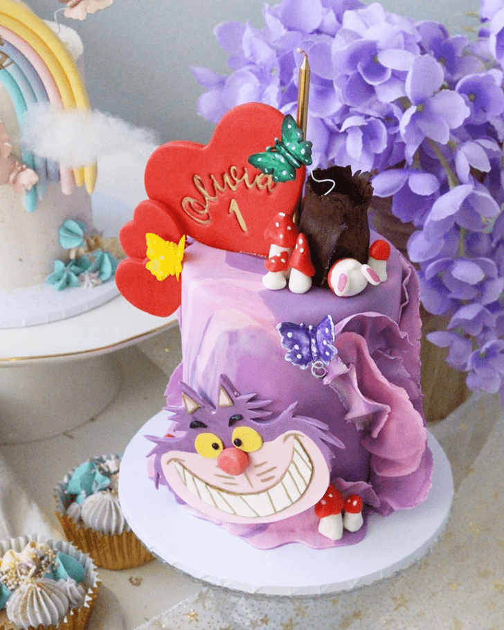 Captivating Alice in Wonderland Cake