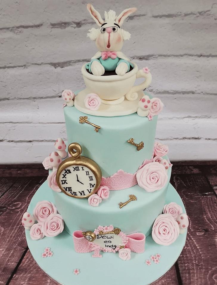 Fascinating Alice in Wonderland Cake