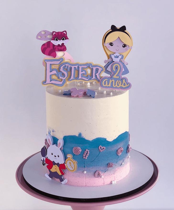 Magnetic Alice in Wonderland Cake