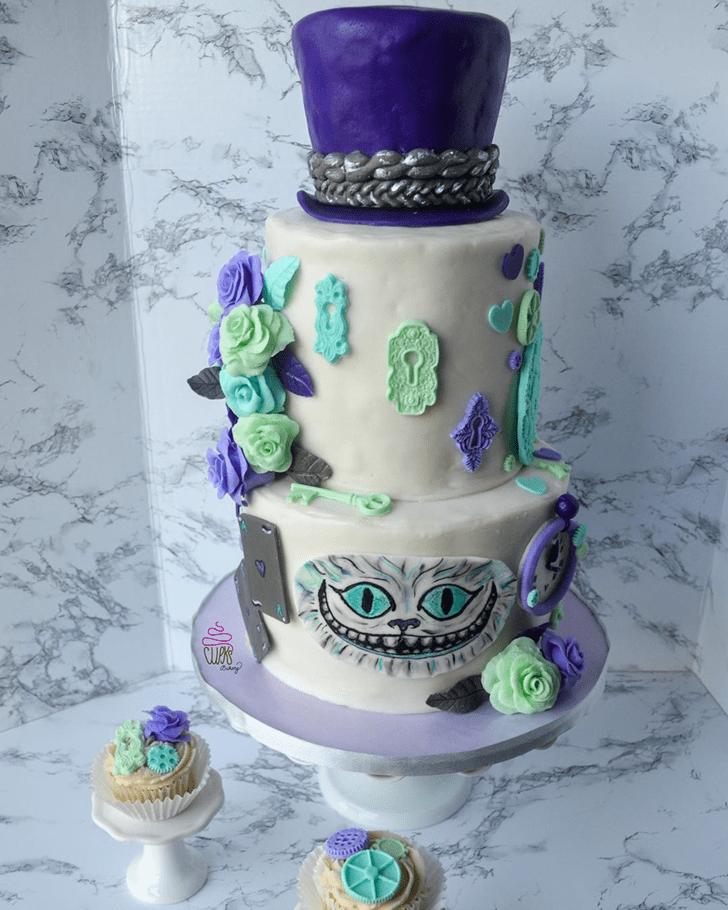Pretty Alice in Wonderland Cake