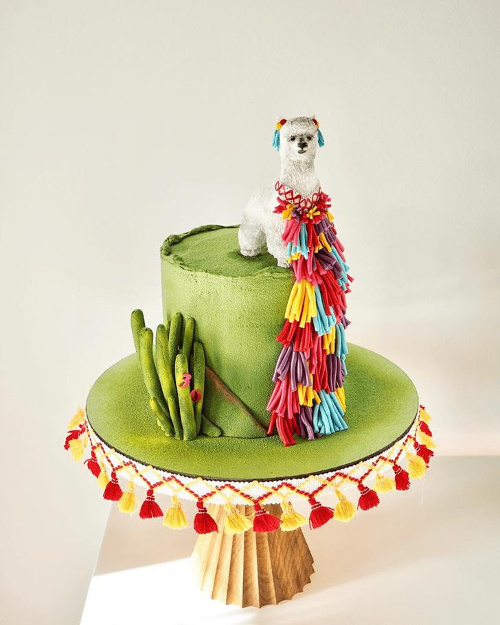 Fascinating Alpaca Cake
