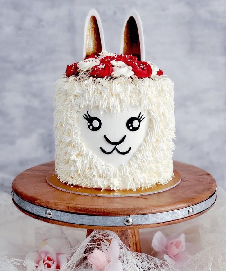 Nice Alpaca Cake