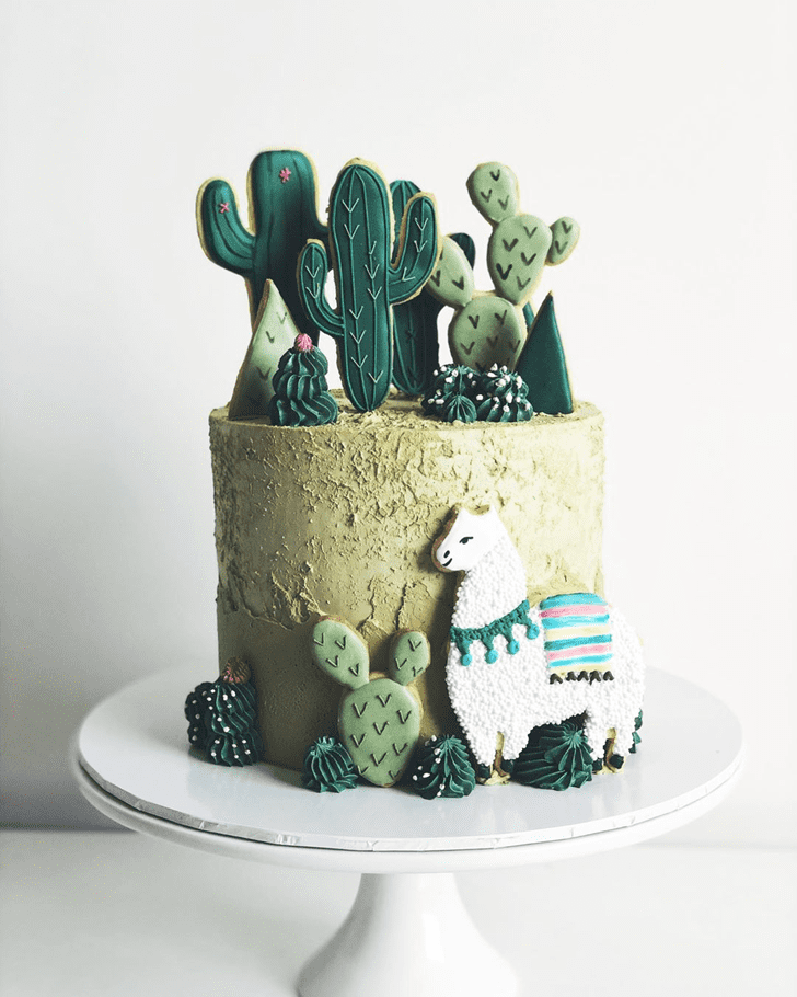 Pleasing Alpaca Cake