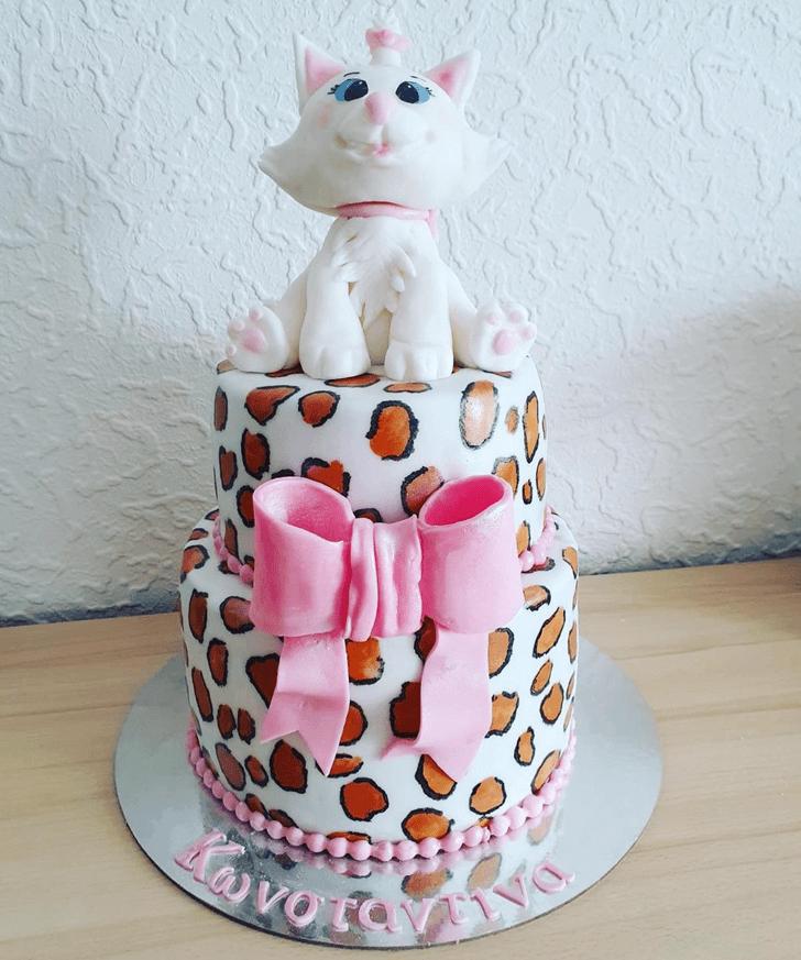 Adorable Aristocats Cake