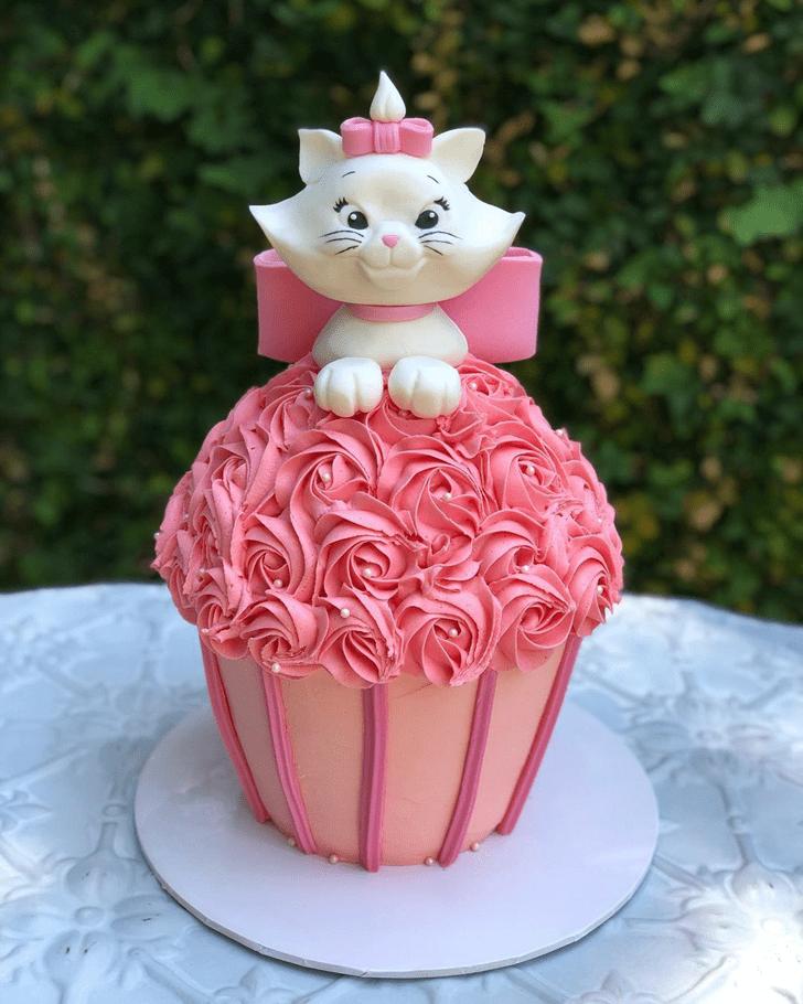 Handsome Aristocats Cake