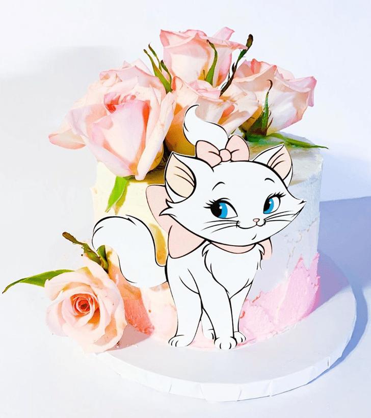Inviting Aristocats Cake