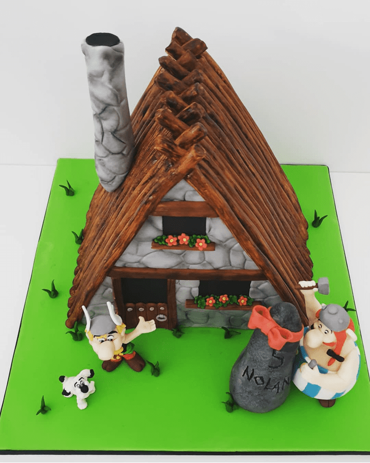 Ideal Asterix Cake