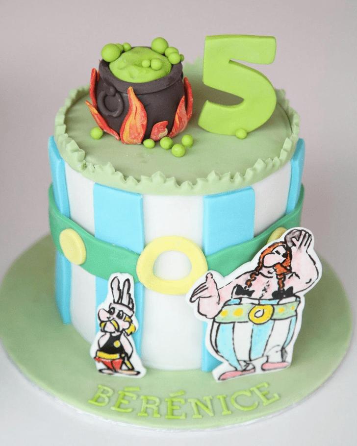 Lovely Asterix Cake Design