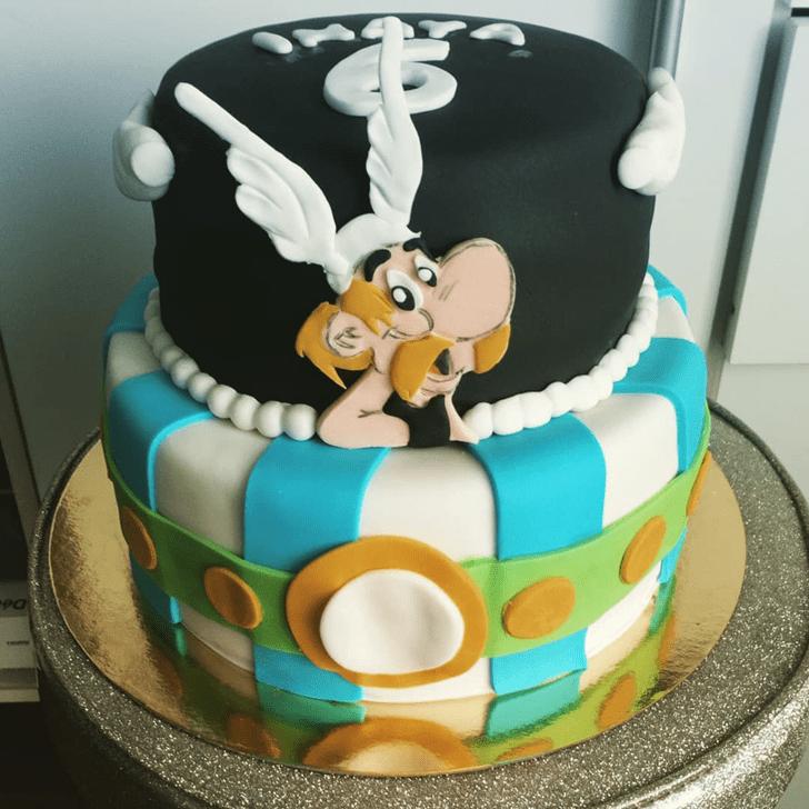 Resplendent Asterix Cake