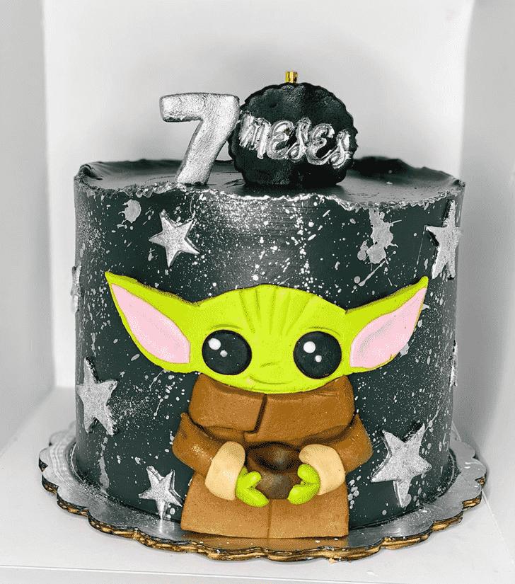 Excellent Baby Yoda Cake