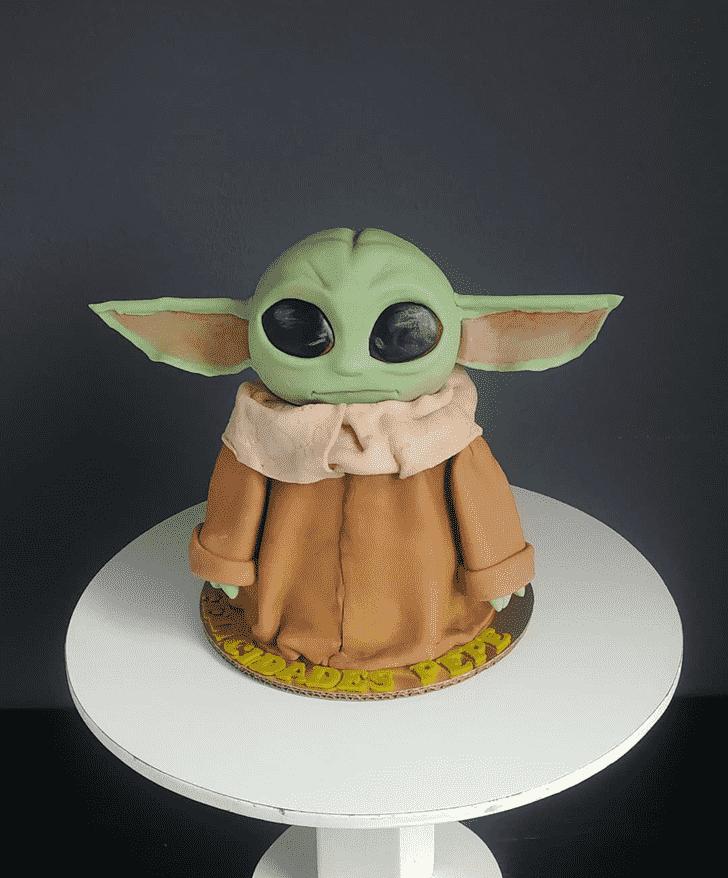 Lovely Baby Yoda Cake Design