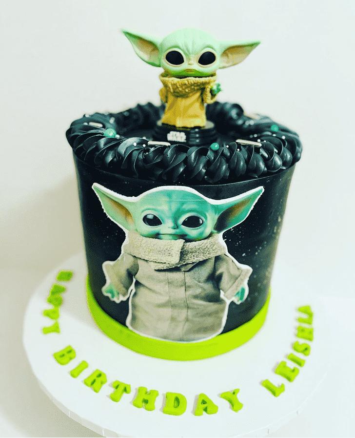 Magnetic Baby Yoda Cake