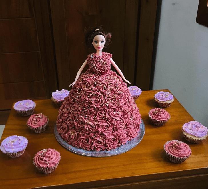 Admirable Barbie Cake Design