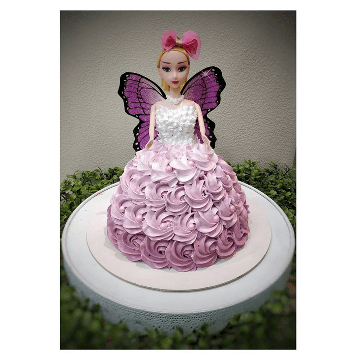 Fair Barbie Cake