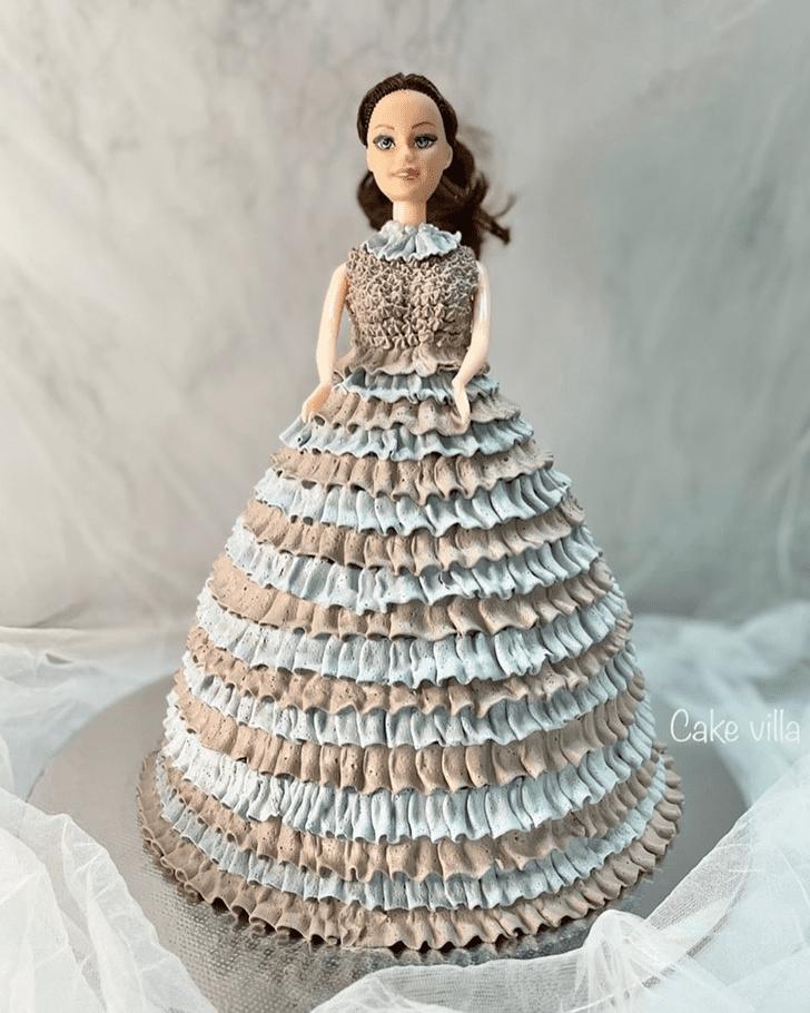 Good Looking Barbie Cake