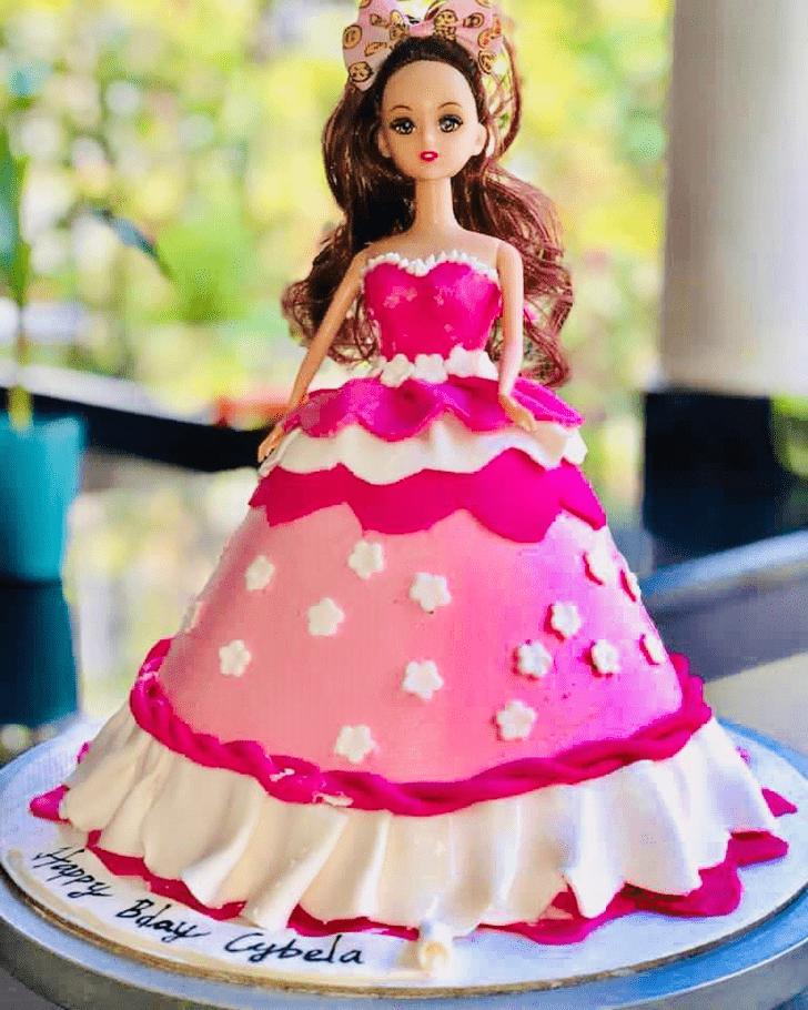 Graceful Barbie Cake