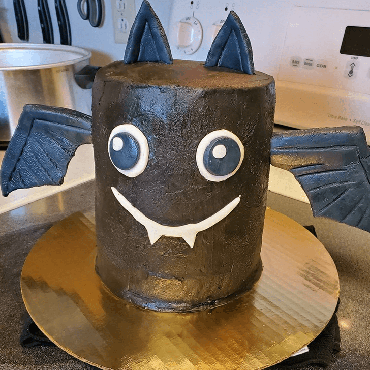 Ideal Bat Cake