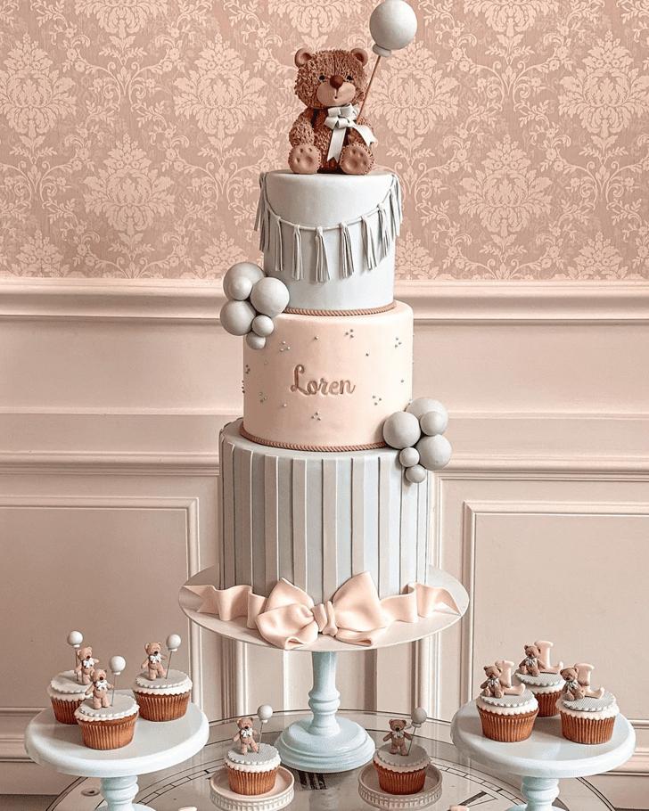 Charming Bear Cake
