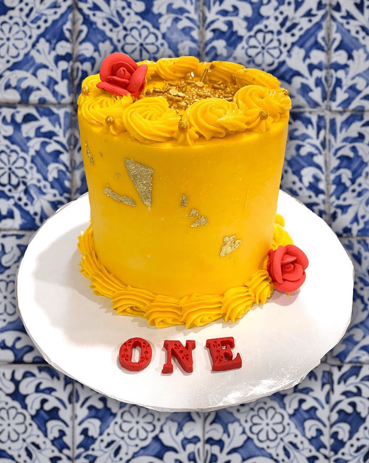 Appealing Beauty and the Beast Cake
