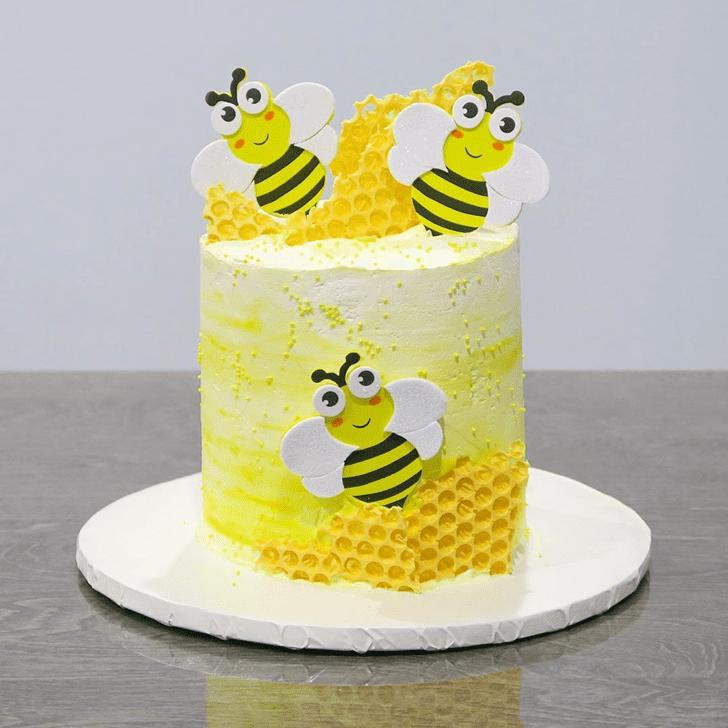 Fetching Bee Cake