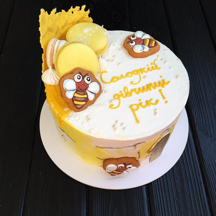 Fine Bee Cake