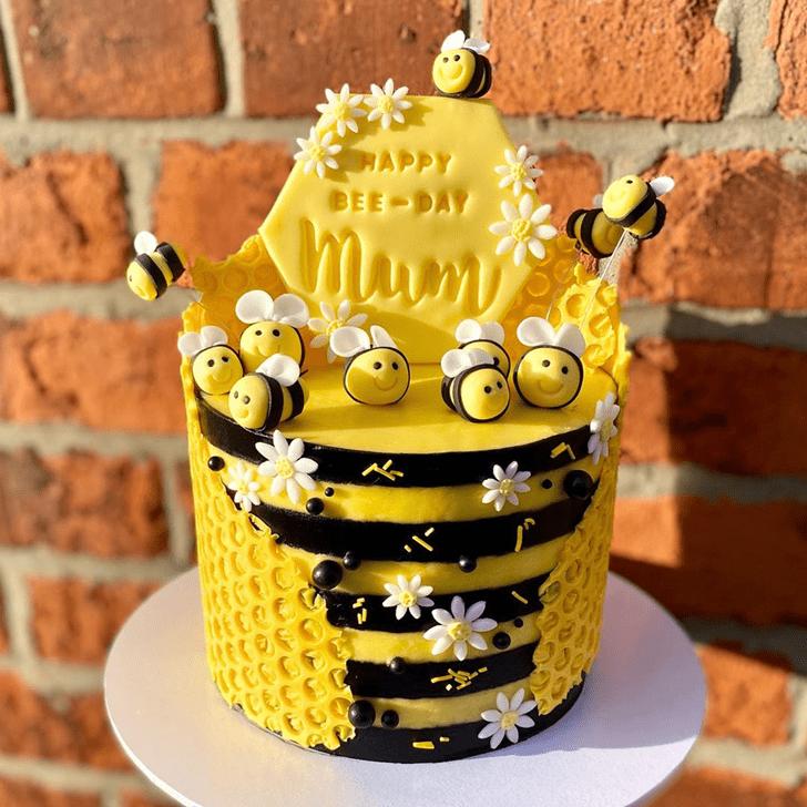 Gorgeous Bee Cake