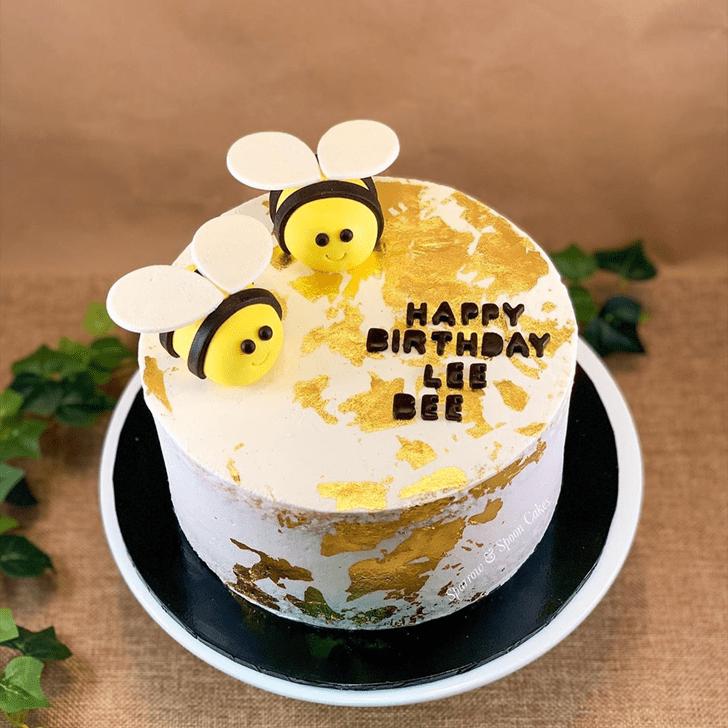 Radiant Bee Cake