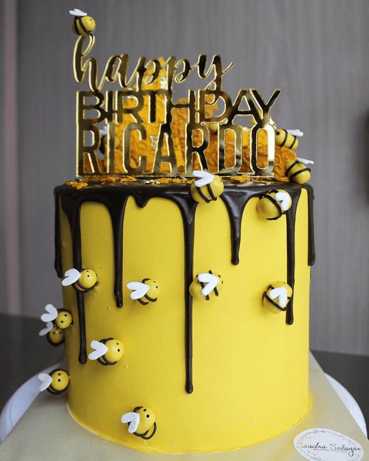 Ravishing Bee Cake