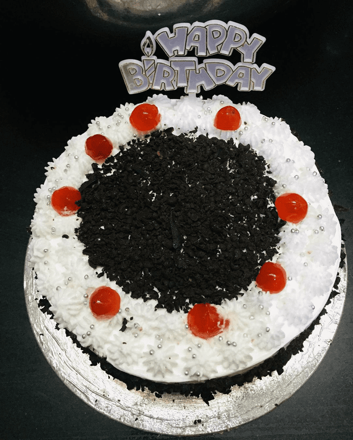 Alluring Black Forest Cake
