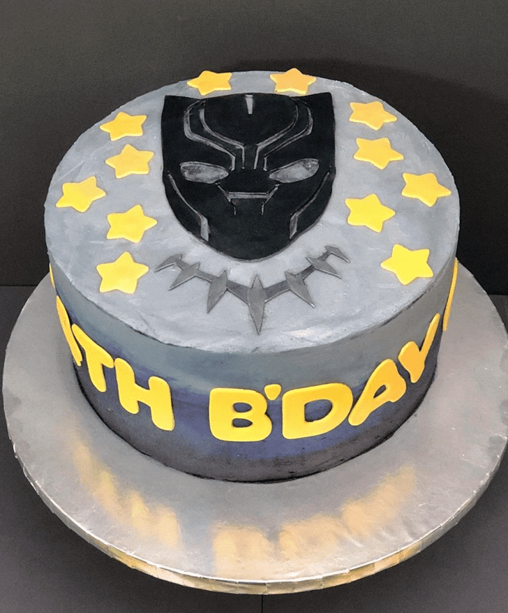 Admirable Black Panther Cake Design