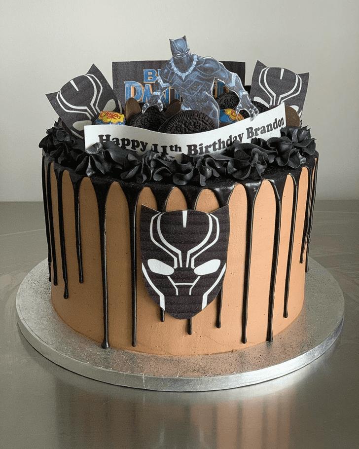Grand Black Panther Cake