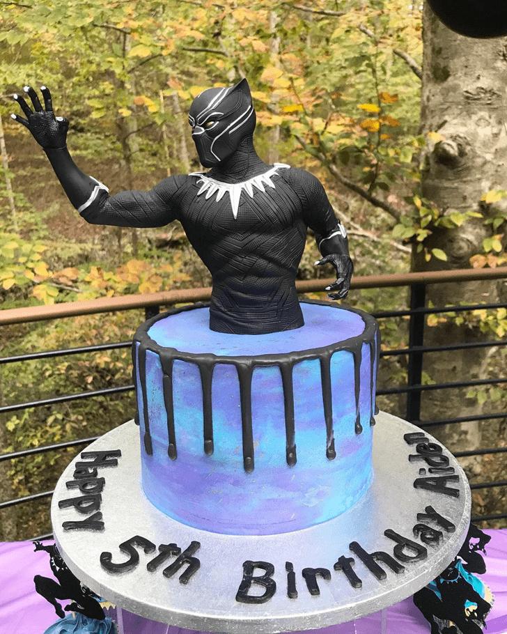 Ideal Black Panther Cake