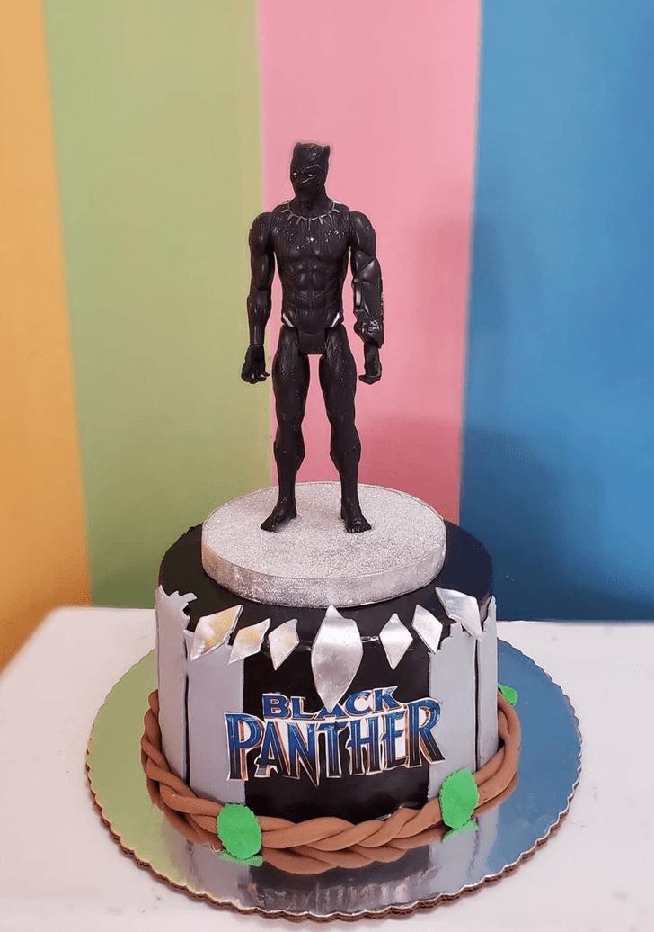 Marvelous Black Panther Cake