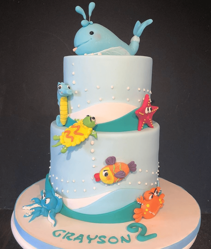 Comely Blue Whale Cake