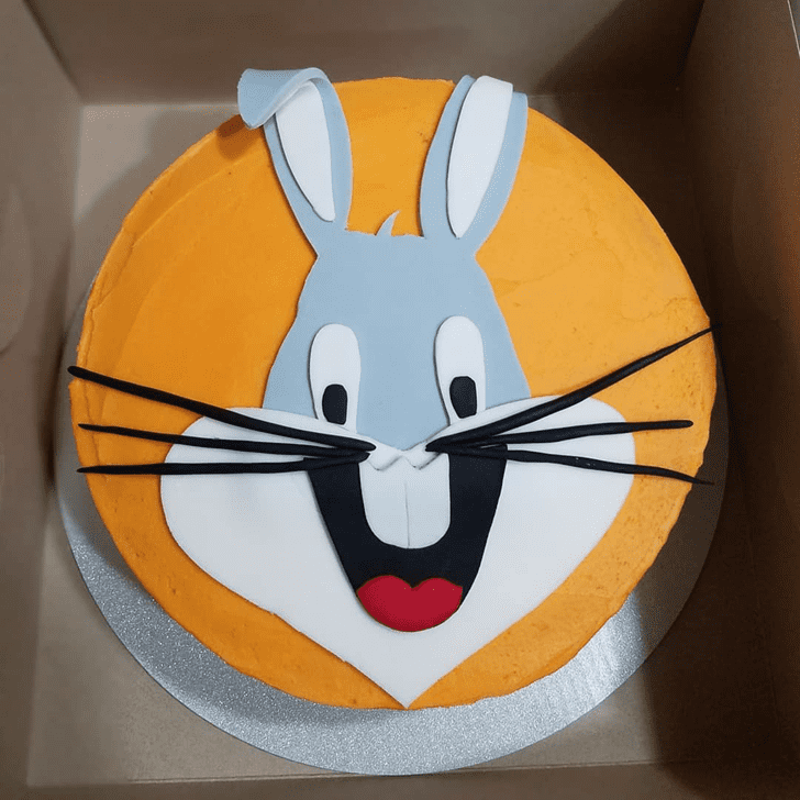 Adorable Bugs Bunny Cake